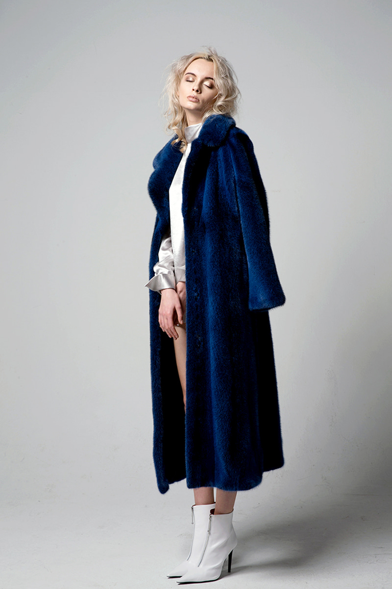 JOOSOOLOO > BLUE CROSS MINK COAT